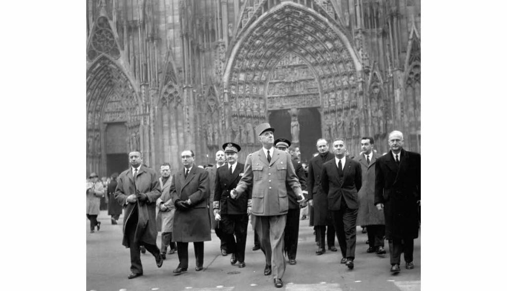 de-gaulle-a-strasbourg-le-23-novembre-1961-1573148454